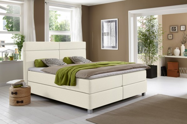 Modell-630_CORA_6207_Creme-Weiss_Stoff